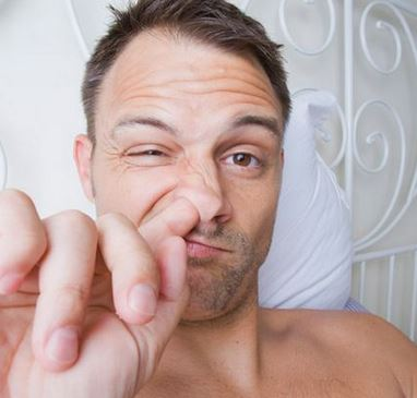 Picking your nose is one of those habits that injure its lining and cause it to form recurrent wound and sores