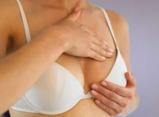sore-breasts-earliest-signs-of-pregnancy